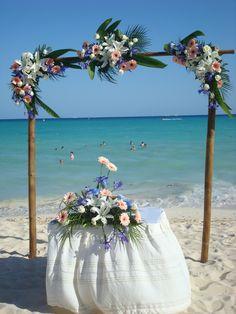 Beautiful decoration for Beach Wedding