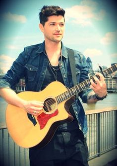 The Script - Danny . Can i marry his voice ???? palease marrying him would work too =)