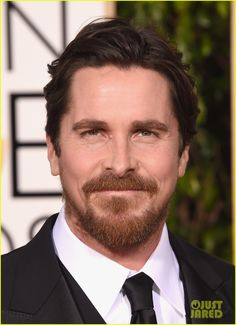 Christian Bale Sports Some Sexy Scruff at Golden Globes 2016