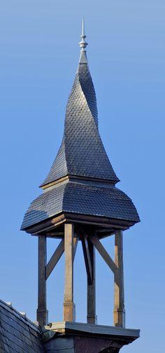Aubigny - clocher tors