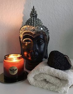 We use fine beeswax, soya, coconut and shea butter with 50 drops of pure essential oil in each candle. Once applied to the skin the wonderful soothing properties are released through the nourishing oils. We have carefully crafted our signature scents to be a perfect blend of masculine and feminine aromas, that soothe and arouse. Little Alchemy, Uk Bees, Pure Essential Oils, Natural Skin Care, Shea Butter, Health And Beauty, Massage, Moisturizer, Wax