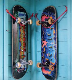A very simple (and cool) way to display your skateboard on the wall and still have it easily accessible - requires nothing but old rope!