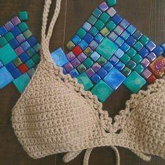 Crochet Lingerie, Bikinis Crochet, Crochet Bra, Crochet Bikini Top, Crochet Woman, Love Crochet, Beautiful Crochet, Crochet Crafts, Crochet Clothes