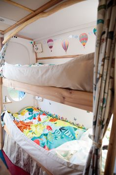 Super smart adaptable bunks in Blubelle - check out how her creators managed to seat & sleep up to 5 in a compact Mercedes Sprinter - https://www.quirkycampers.co.uk/campervans/blubelle/