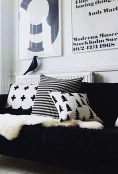 Povlak na polštář Gran black Marimekko, Black And White Interior, Little Designs, Scandinavian Home, White Houses, Change Is Good, Home Living Room, Home Interior Design, Interior Inspiration