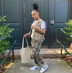 Baddie Outfits Casual, Cute Swag Outfits, Trendy Outfits, Girl Outfits, Fashion Outfits, Tomboy Fashion, Streetwear Fashion, Tomboy Style, High Fashion