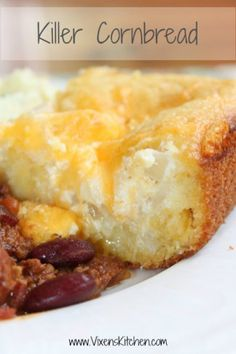 Nothing beats warm, homemade, impeccably cooked cornbread. Topped with creamy, sweet honey butter. EXCEPT Killer Cornbrea. Jiffy Cornbread Recipes, Mexican Cornbread, Cornbread Casserole, Sweet Cornbread, Cream Cheese Cornbread Recipe, Homemade Cornbread, Broccoli Cornbread, Homemade Breads, Sour Cream Cornbread