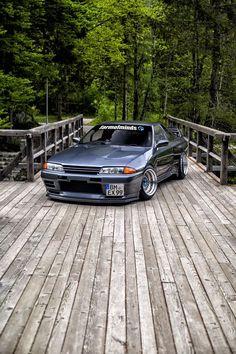 TunedAndRaceCars           - Nissan Skyline GTR R32