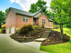 8164 N Dilcrest Cir, Florence, KY 41042 | Zillow
