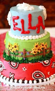 The Blackberry Vine: Ella's Farm Party Birthday Cake