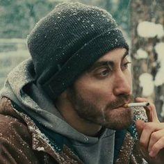 """ถูกใจ 128 คน, ความคิดเห็น 1 รายการ - Daniel M. Davenport (@danielmdavenport) บน Instagram: """"Fox in the snow, where do you go? #winterwonderland❄️ #instagay #gaystagram #jakegyllenhaal…"""""""