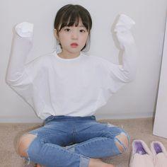 Cute Asian Babies, Korean Babies, Asian Kids, Cute Babies, Korean Outfits, Kids Outfits, Cute Outfits, Cute Little Baby, Cute Baby Girl
