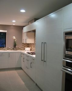 Modern Kitchen Photos Floor Tile Design, Pictures, Remodel, Decor and Ideas - page 3