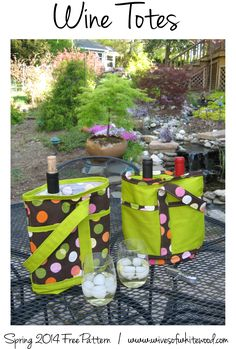 Wine tote with padded divider -- link to free sewing pattern download