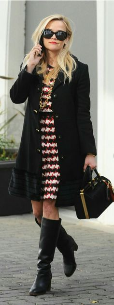 433b40b212910 Reese Witherspoon Resse Witherspoon, Reese Witherspoon Style, Draper James,  90s Fashion, Petite