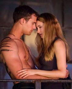 New still! ~Divergent~ ~Insurgent~ ~Allegiant~