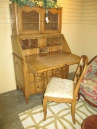 Vintage Secretary W/chair $275