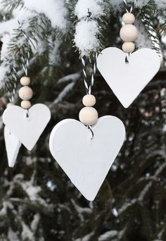 Most current Snap Shots simple clay ornaments Concepts White Christmas Tree Ornaments Christmas Hearts, Noel Christmas, Winter Christmas, Christmas Gifts, Simple Christmas, Minimal Christmas, Christmas Villages, Pink Christmas, Christmas Nails
