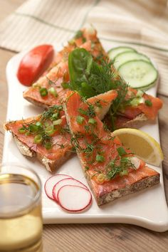It doesn't get better than Salmon and rustic bread for lunch.  So good!