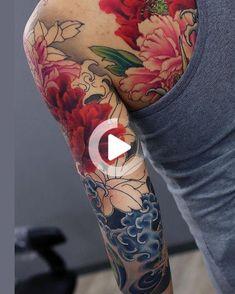 Peonies body tattoos, life tattoos, new tattoos, sleeve. Japanese Tattoo Designs, Japanese Sleeve Tattoos, Japanese Flower Tattoos, Japanese Tattoo Women, Tattoo Japanese Style, Japanese Flowers, Flower Sleeve, Flower Tattoo Shoulder, Life Tattoos