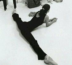 Ballet Dance, Ballerina, Photoshoot, Feelings, Ballet, Ballet Flat, Photo Shoot, Ballerina Drawing, Dance Ballet