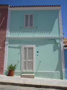 Santa Teresa di Gallura, Sardinia, Italy Cottages And Bungalows, Santa Teresa, Good House, House Exteriors, North Africa, Beautiful Islands, Sicily, Aqua, Houses