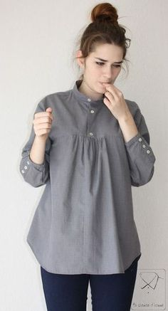 Recycled men's shirt ideas by selkie~gal sewing hacks, sewing crafts, sewing projects Kurta Designs Women, Blouse Designs, Recycled Mens Shirt, Umgestaltete Shirts, Stil Inspiration, Oversize Pullover, Stylish Dresses For Girls, Girls Dresses Sewing, Sleeves Designs For Dresses