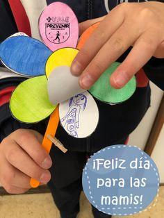 Una flor para que los niños hagan y se la regalen a su mami, abuela, tía. :) Flower, Fun Crafts, Crafts For Kids, Binder, Gifts