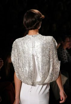 Jenny Packham - New York Jenny Packham, High Fashion, Fashion Beauty, Womens Fashion, Haute Couture Fashion, Couture Style, Black Tie Affair, Stunningly Beautiful, Catwalk