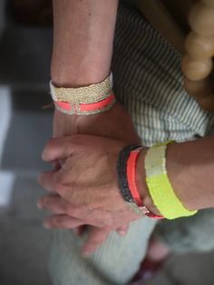 accessoire bracelets LOOM made in my studio http://myriambalay.fr/eshop/ packaging pour LOOM prêt à voyager