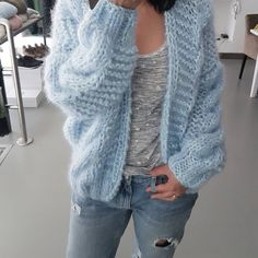 Товар Mohair Sweater, Knit Cardigan, Kiro By Kim, Tricot D'art, Knit Fashion, Womens Fashion, Knitted Capelet, Pulls, Hand Knitting