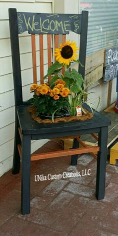 Fall planter chair with chalkboard to write your message!