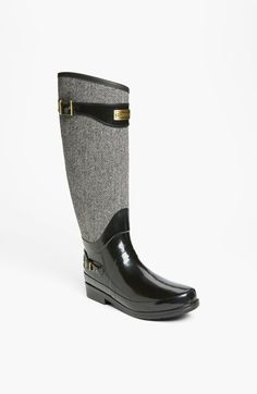 Free shipping and returns on Hunter 'Regent Apsley' Rain Boot (Women) at Nordstrom.com. Sharp herringbone smartens the slanted shaft of a classic, wet-weather boot.