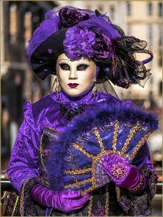 Venice Carnival Costumes, Venetian Carnival Masks, Carnival Of Venice, Carnival Ideas, Venice Carnivale, Venice Mask, Anastasia, Costume Carnaval, Costume Venitien
