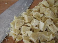 White Chocolate Chunks with Cocoa Butter *Use stevia or powdered erythritol instead of honey