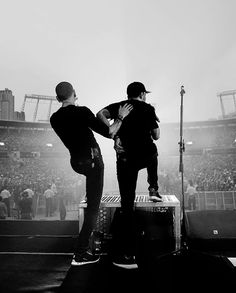 Chester Bennington & Mike Shinoda | Linkin Park