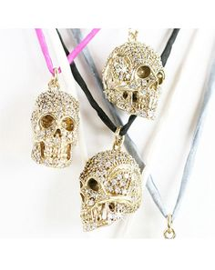 love gold and skulls