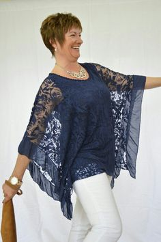 Square shape, lace overblouse.