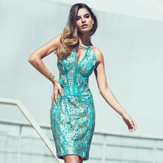 Pah!!! Olha os cortes estratégicos desse 'dress'... Perfeito para afinar a silhueta e deixá-la exuberante. #reginasalomao #SummerVibesRS #SS17 #Preview