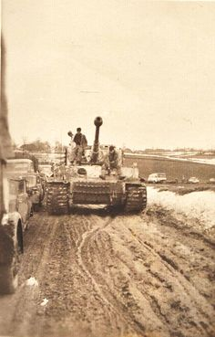 """Tiger I of the March-April """"Hube"""" pocket. Tiger Ii, Ww2 Pictures, Military Pictures, Military Art, Military History, Luftwaffe, Germany Ww2, Ww2 History, Tiger Tank"""