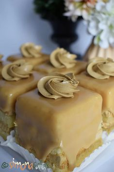 Romanian Desserts, Romanian Food, Mocca, Sweets Recipes, Mcdonalds, Soul Food, Panna Cotta, Sweet Treats, Deserts