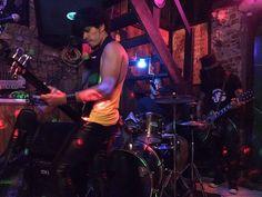 Agenda Cultural RJ: Rodrigo Lamore, cantor e multi instrumentista, pro...