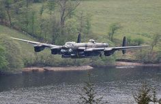 Vintage Planes Lancaster bomber - In wartime and peace the United States military is a constantly evolving organism, always on alert and training for the worst. Thanks to our working military photojournalists we have the privilege of Ww2 Aircraft, Military Aircraft, Military Personnel, Lancaster Bomber, Ww2 Planes, Battle Of Britain, Aircraft Pictures, Royal Air Force, Aviation Art