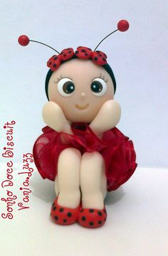 Joaninha =)   by Sonho Doce Biscuit *Vania.Luzz*