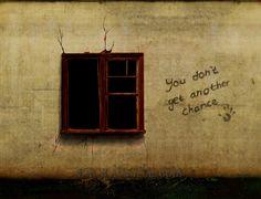 """Una bella poesia di Pessoa, un invito a pensare.  """"Non basta aprire la finestra per vedere la campagna e il fiume. Non basta non essere ciechi per vedere gli alberi e i fiori. Bisogna non aver nessuna filosofia. Con la filosofia non vi sono alberi: vi sono solo idee. Vi è soltanto [...]""""  #fernandopessoa, #poesia, #sogno, #italiano,"""