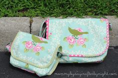 Mommy by day Crafter by night: Heather Bailey Messenger Bag