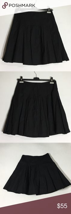 BCBGMAXAZRIA Black Pleated Skirt w/Pockets - 8 Heavy material.  Sheen.  Beautiful, but really needs to be steam, not ironed.  Gently Used Condition. Please ask questions before purchasing.  See pictures for more information and description details.  Thank you for stopping by my closet.  Sparkles ✨ and Happy Poshing!  📌Fair Offers Considered BCBGMaxAzria Skirts A-Line or Full