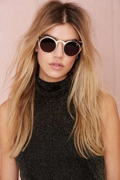 Your outfits might be minimal, but when it comes to sunglasses, bigger is better.