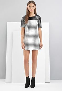 FoxieDox Grid-Patterned Shift Dress | Forever 21 - 2000157392