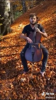 Violin Songs, Cello Music, Sound Of Music, Good Music, Cello Photography, Cello Lessons, Cool Music Videos, Churro, Music Artists